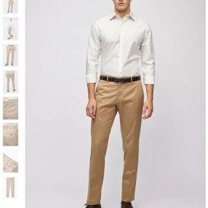Weekday Warrior Dress Pants in Thursday Khaki